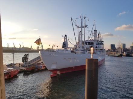 Port Boat