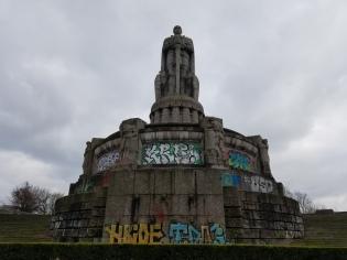 Hamburg Statue